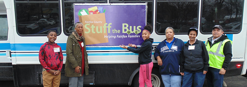 Supervisor Hudgins and volunteers at Stuff the Bus at the Fox Mill Giant