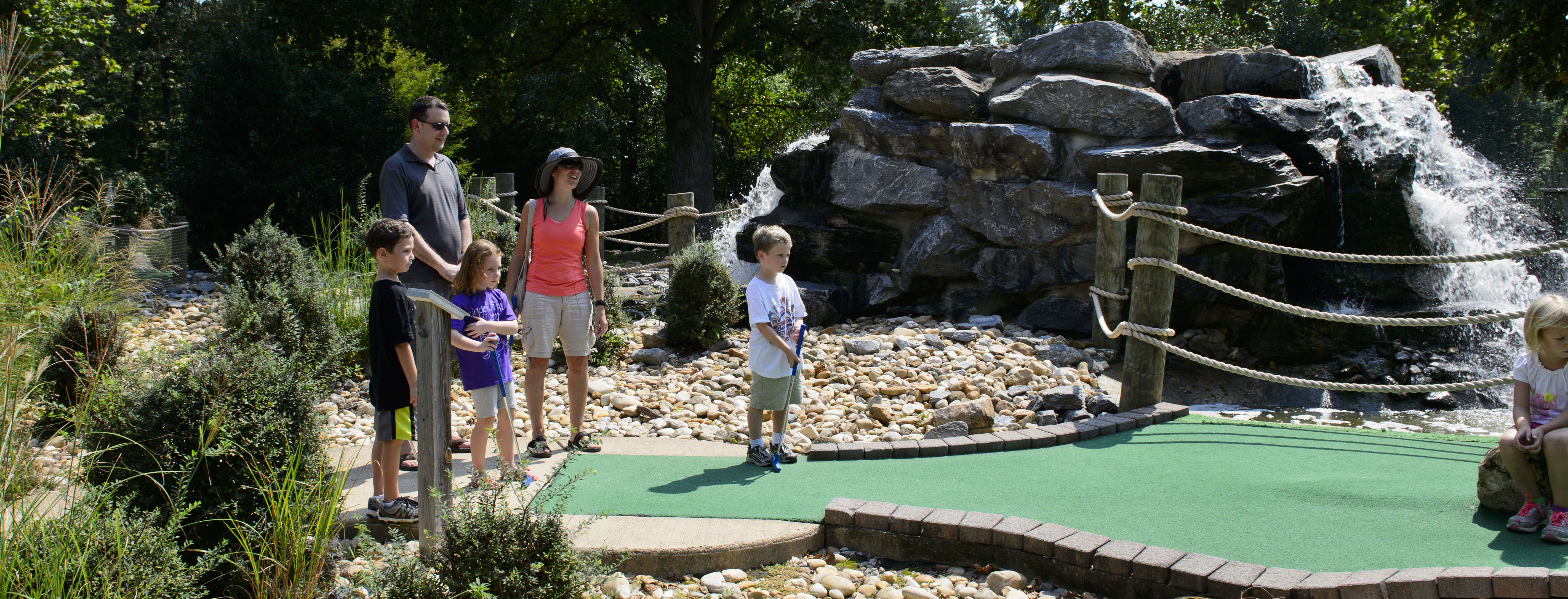 Burke Lake Mini Golf