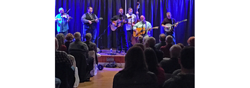 Dan Paisley performs at Bluegrass Barn