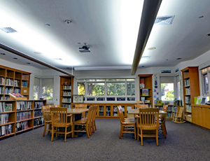 Green Spring's library room