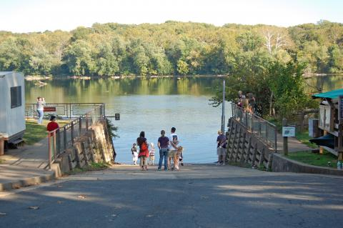 New Canoes Coming to Riverbend Park through Grant   Park Authority