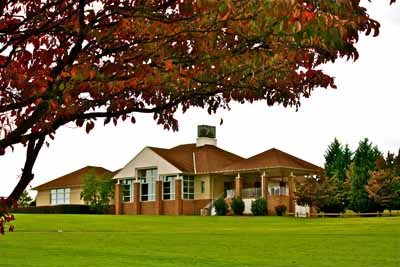 Twin Lakes Golf Course Clubhouse