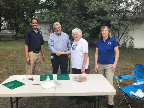Parks Sign MOU with Friends of Pimmit Barn