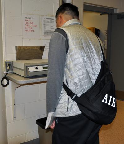 inmate telephone service employers - 400×465